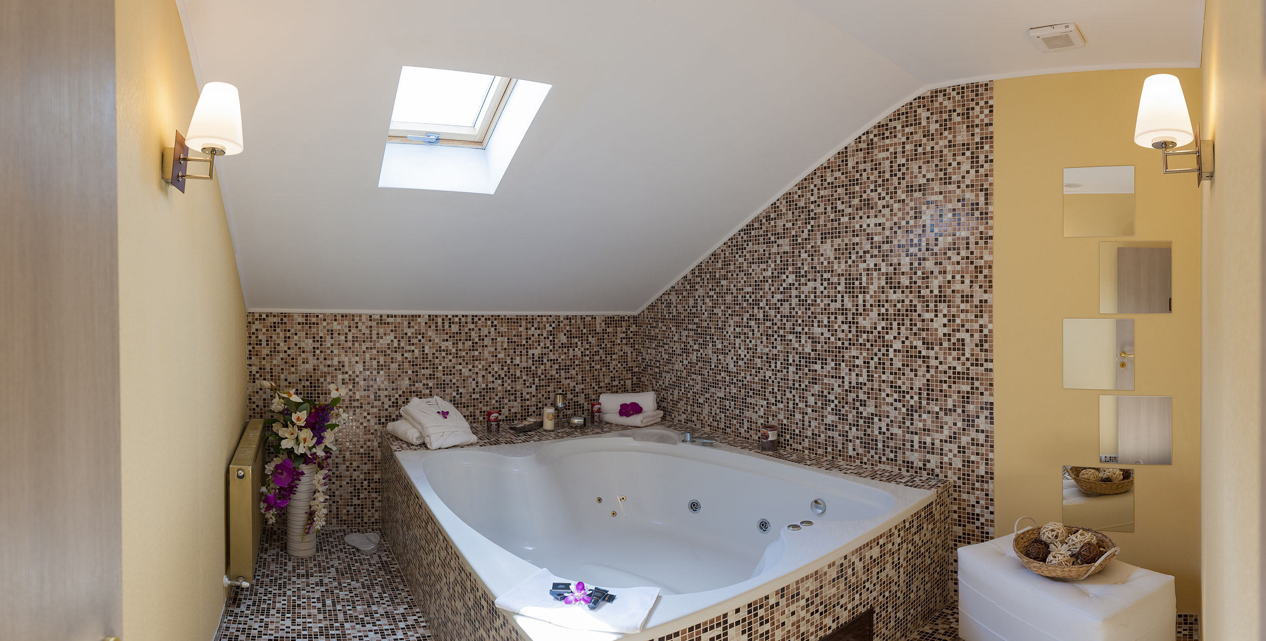 baie cu jacuzzi hotel